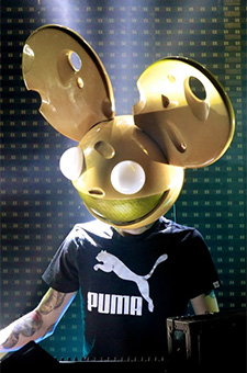Deadmau5 does it all!