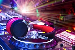 Can I make DJ a career? Is DJing a real job?